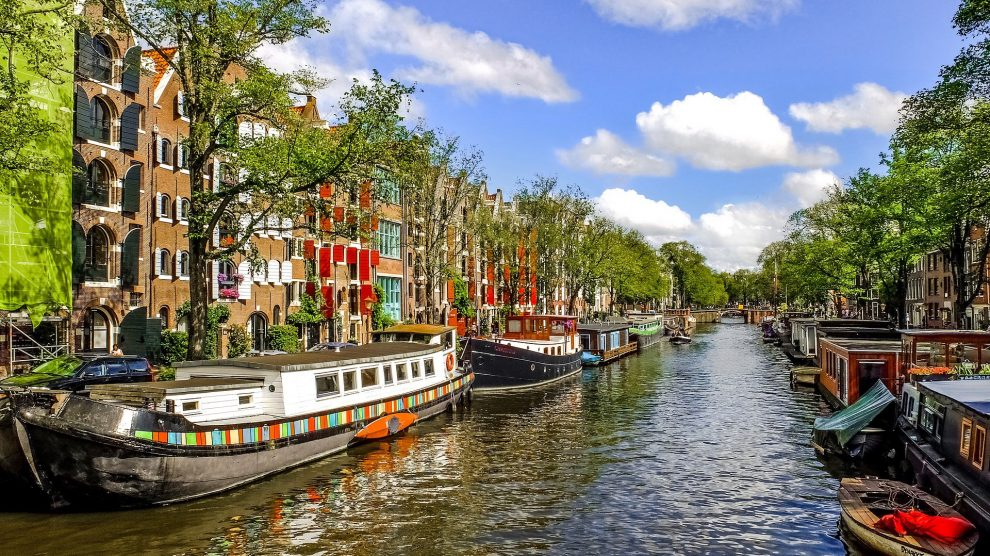 Hollanda Güvenilir Medyum